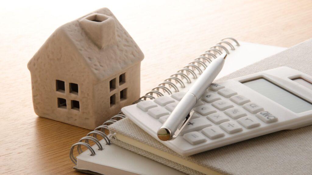 家の模型と計画に必要な書類